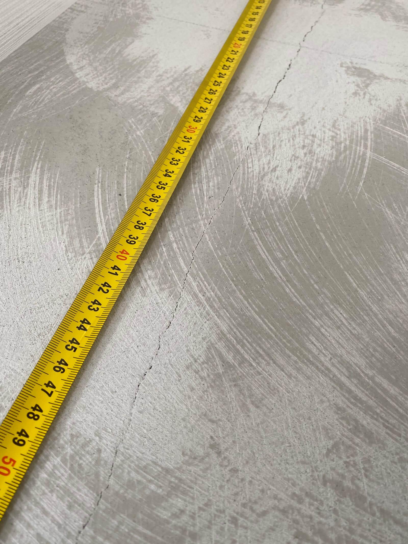 naprawa peknietej posadzki szczecin 1 - Naprawa pęknięć posadzki (zszywanie)
